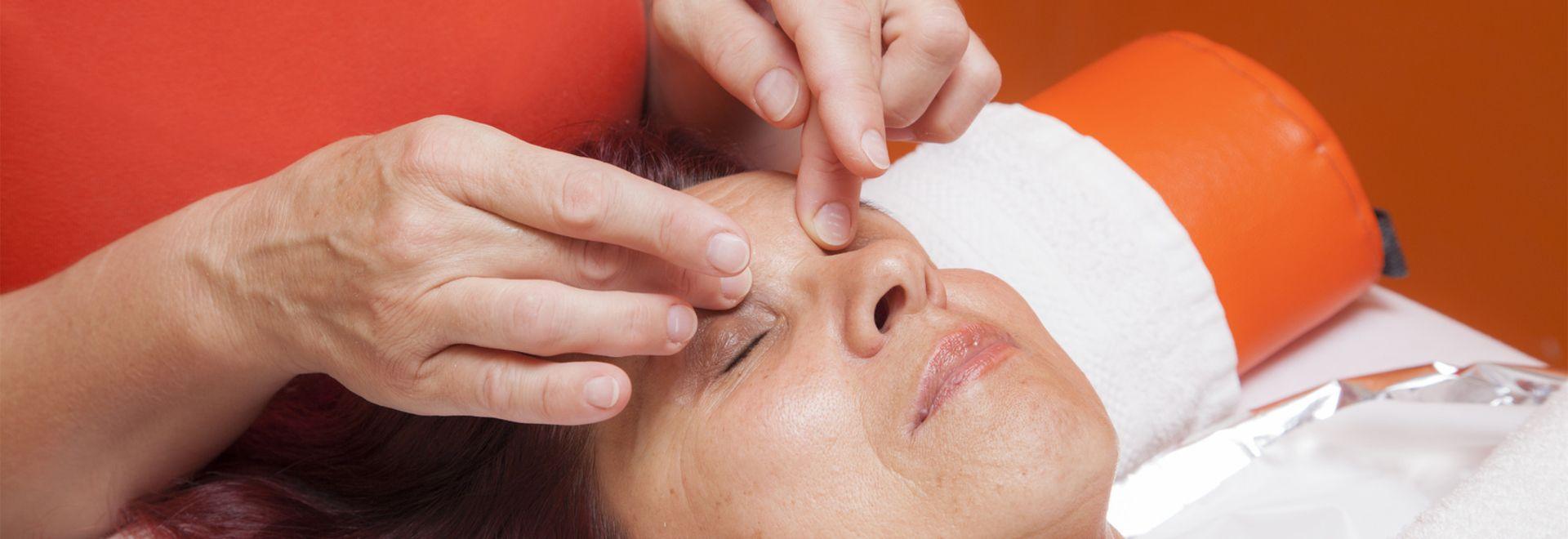 die Wirkungen der kosmetischen Lymphdrainage entdecken