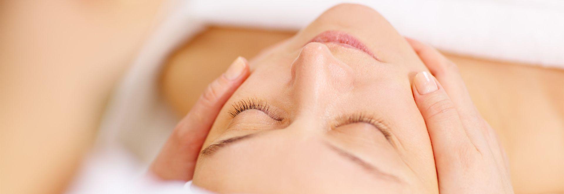 Lymphdrainage bezeichnet die manuelle Entwässerung über die Lymphgefäße.