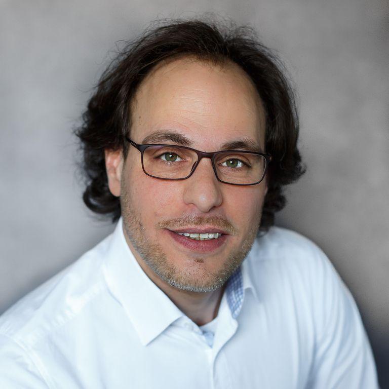 Manuel Elias
