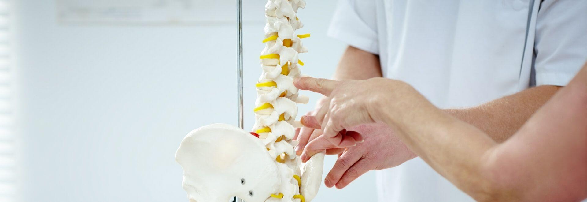 mit rueckenschulspezifischen Übungen trainieren